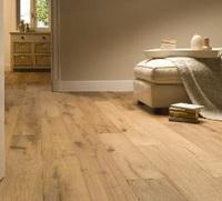 Houten vloer reinigen met schoonmaakazijn